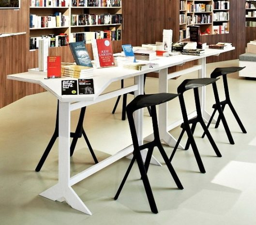 Minimalist-Modern-Design-Plastic-Stackable-Miura-bar-Stool-Popular-Bar-Chair-kitchen-room-counter-stool-drinking.jpg_640x640
